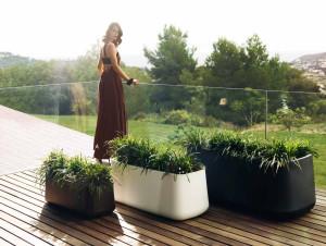 Jardineras de dise o macetas jardineras y maceteros - Jardineras con ruedas ...